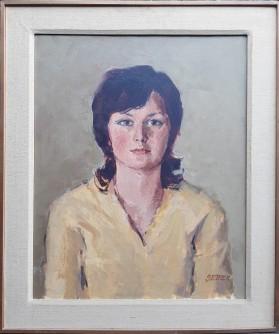 Dama u žutom